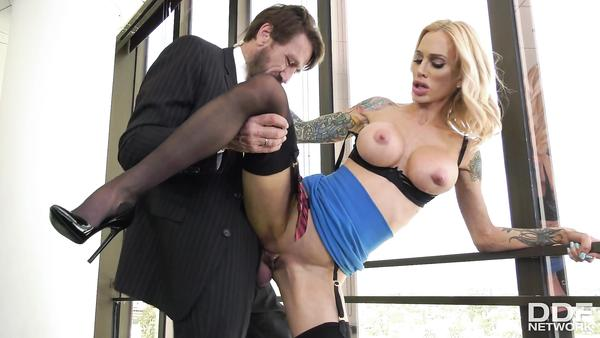 Hungry Pussy And Big Tits - My New Assistant is a Real Sexbomb