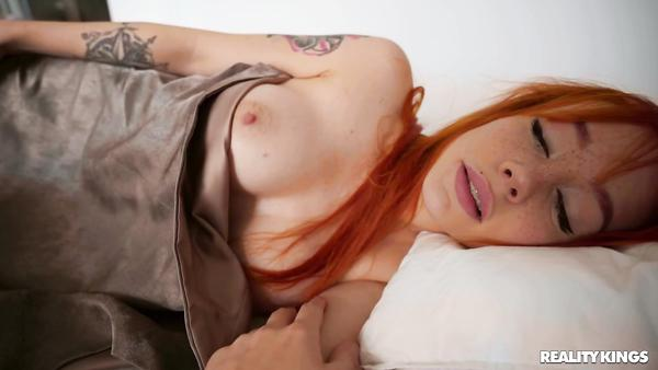 Young Russian Guy Fucks Redhead Girl And Cum On Her Cute Freckles