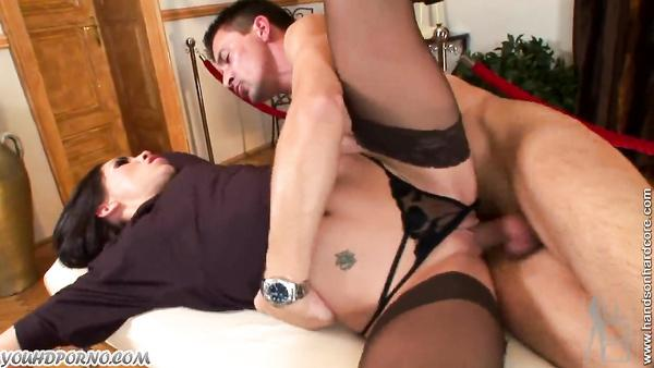 Naughty thief takes cum on her pussy