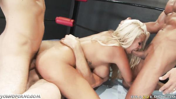 ridgette B and Phoenix Marie in the anal battle in the ring